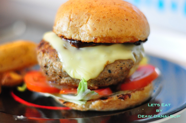 014 Homemade Burger